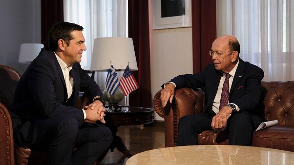 Tσίπρας: «Η Ελλάδα αφήνει πίσω την κρίση»- Ρος: «Θα στηρίξουμε την Ελλάδα»