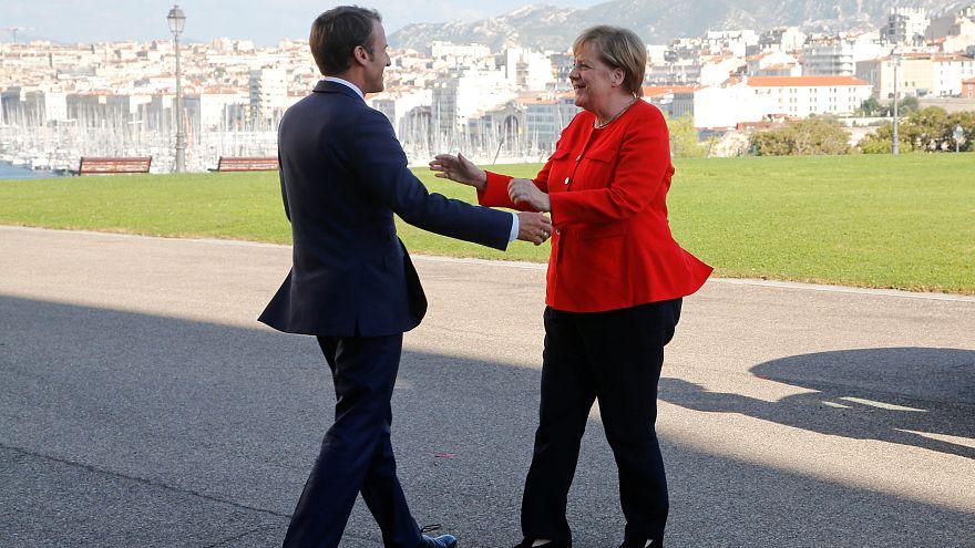 Européennes : Macron et Merkel scellent leur alliance à Marseille
