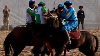 شاهد: ألعاب فريدة من نوعها بدورة ألعاب البدوّ في قيرغيزستان