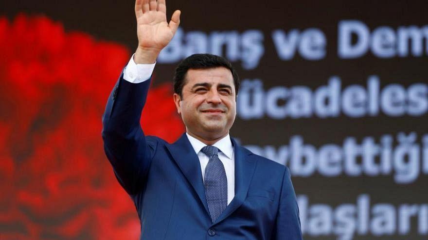 Selahattin Demirtaş'a terör propagandasından 4 yıl 8 ay hapis