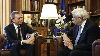 Παυλόπουλος: Οι υποψήφιοι ηγέτες της ΕΕ να σέβονται τις ευρωπαϊκές αξίες