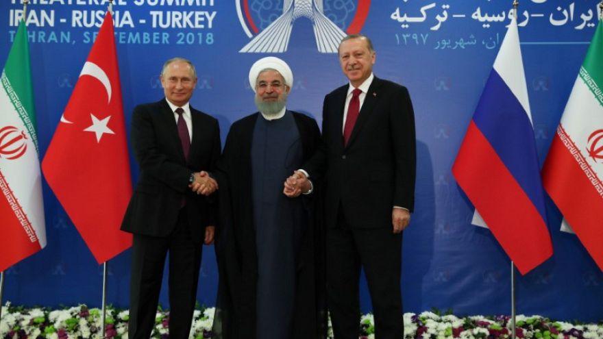 قمة طهران حول إدلب: موسكو وطهران تعارضان اقتراح أنقرة لوقف إطلاق النار في إدلب