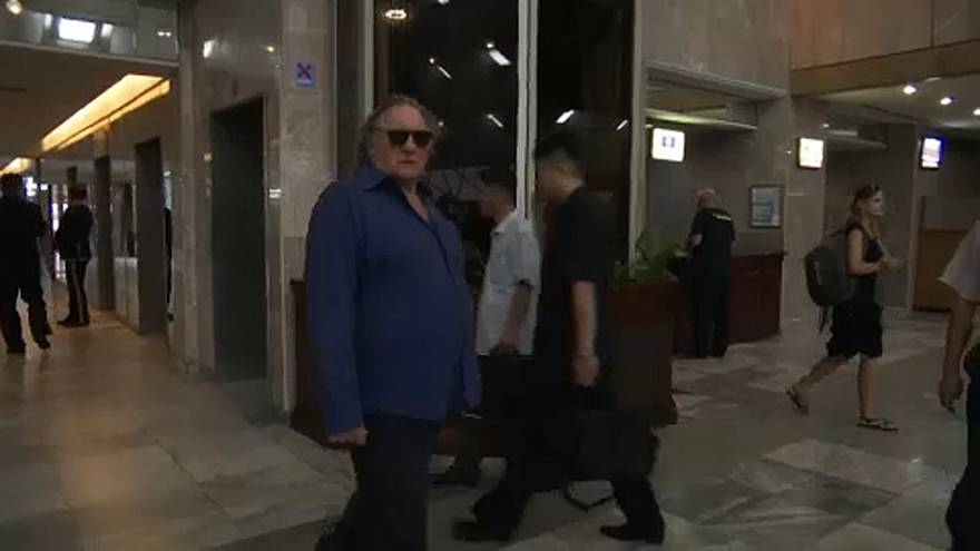 Depardieu rejtélyes útja Phenjanban