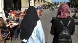 Nem lesz tilos a fejkendő a svájci iskolákban