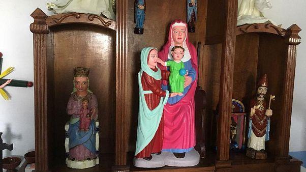 Maria schön bunt, Restaurierung misslungen