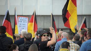 Chemnitz: Journalisten widersprechen Maaßen - und neue Proteste