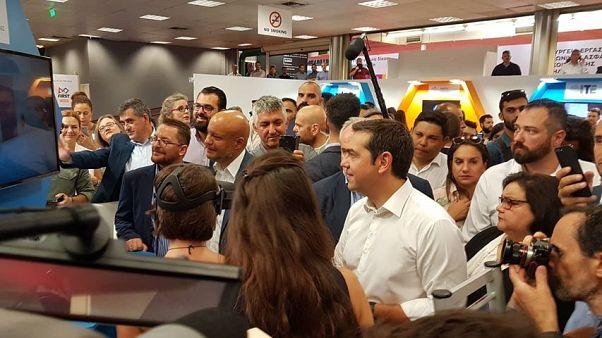 ΔΕΘ: Επίσκεψη του Αλέξη Τσίπρα στα περίπτερα της έκθεσης