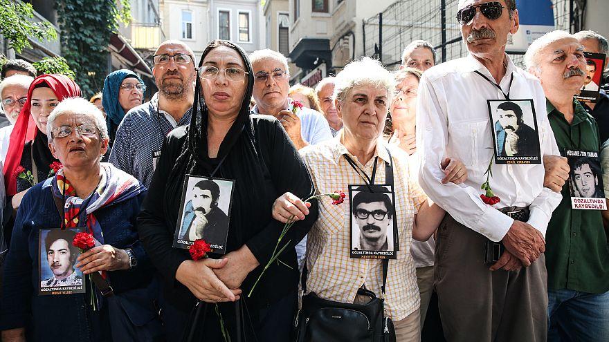 Taksim'de yollar Cumartesi Anneleri'ne kapatıldı