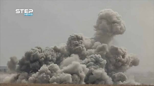 يوم بعد القمة الثلاثية.. طائرات روسية وسورية تقصف جنوب إدلب وشمال حماة