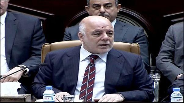 التحالفان الكبيران في البرلمان العراقي يطالبان رئيس الوزراء بالاستقالة والاعتذار
