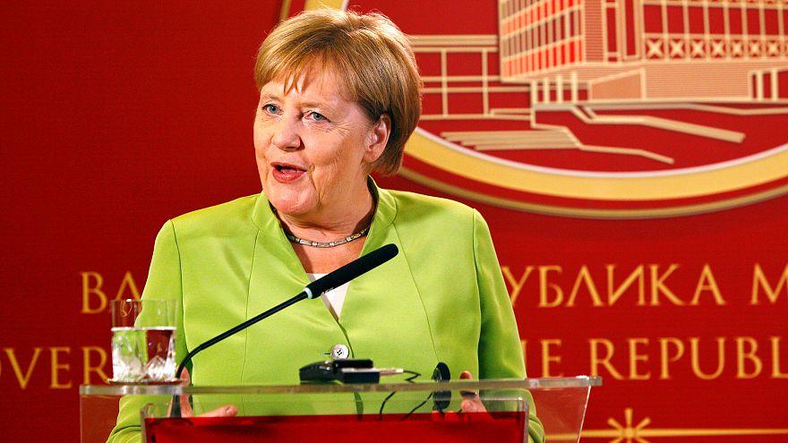"""Angela Merkel appelle les Macédoniens à saisir une """"chance historique"""""""
