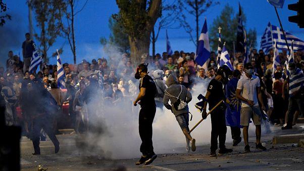 Confronto entre polícia e manifestantes em Salónica