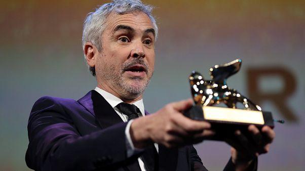 """فيلم """"روما"""" لمخرجه ألفونسو كوارون يفوز بالأسد الذهبي لمهرجان البندقية السينمائي"""