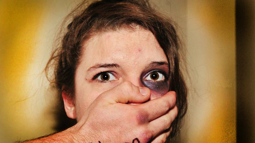 Fransa'da kadına yönelik cinsel suçlar neden artıyor?