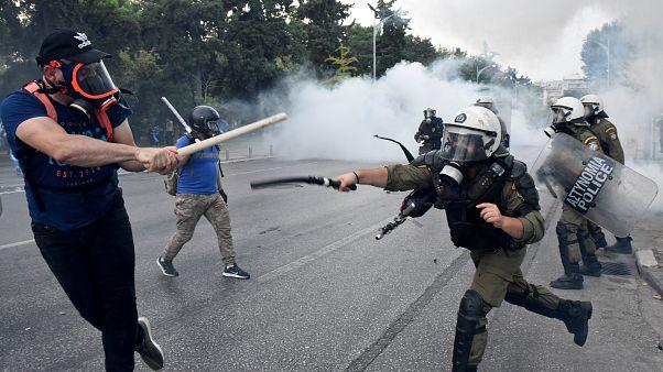 Manifestações contra mudança do nome da Macedónia acabam em confrontos