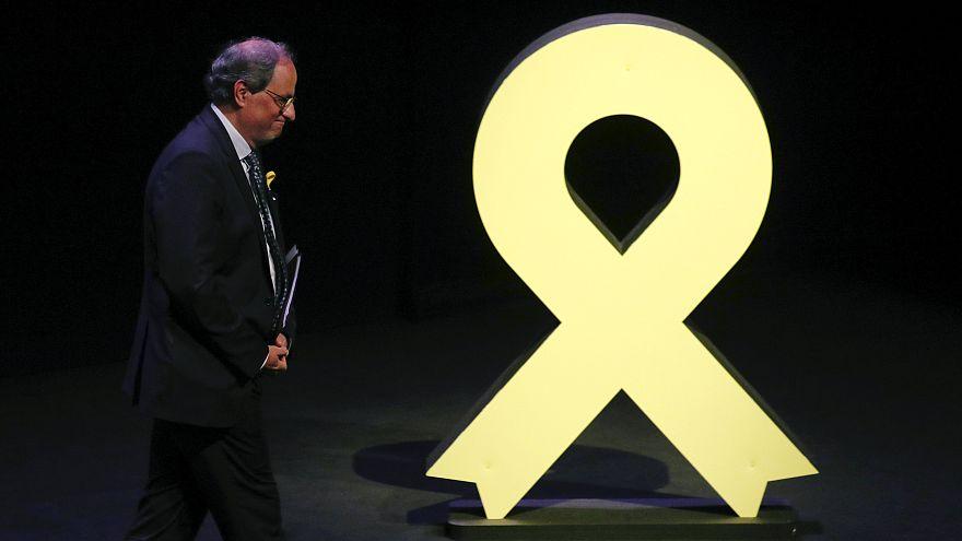 Posiciones enfrentadas en Cataluña por los lazos amarillos