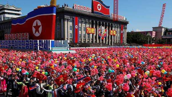 Video - Kuzey Kore 70'inci yılını kutladı, törende balistik füzeler sergilenmedi