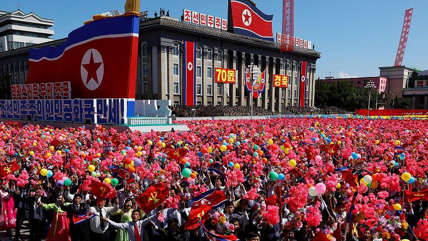 Corea del Norte celebra el 70 aniversario de su fundación con un desfile militar