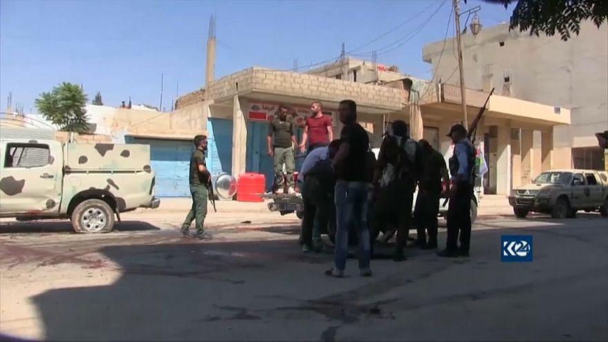 مقتل 18 في اشتباكات بين الجيش السوري وأكراد في شمال شرق سوريا