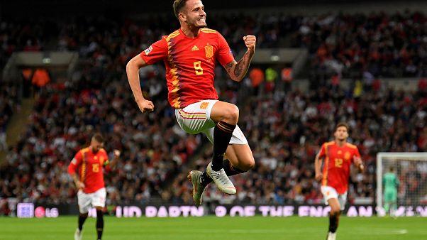 Saúl celebra su gol