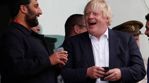 Τζόνσον: Χαρακτήρισε «γιλέκο αυτοκτονίας» το σχέδιο για το Brexit