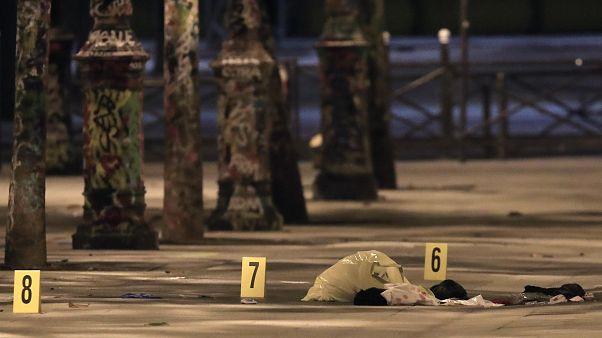 Messerangriff in Paris: 7 Verletzte