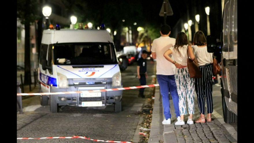 الشرطة الفرنسية تعتقل مواطنا أفغانيا قام بطعن سبعة أشخاص في باريس