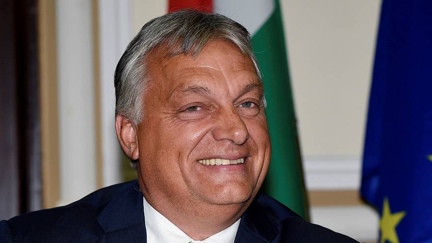 Fidesz out of EPP? Article 7 against Hungary triggered? Two questions to Hungarian MEPs | View