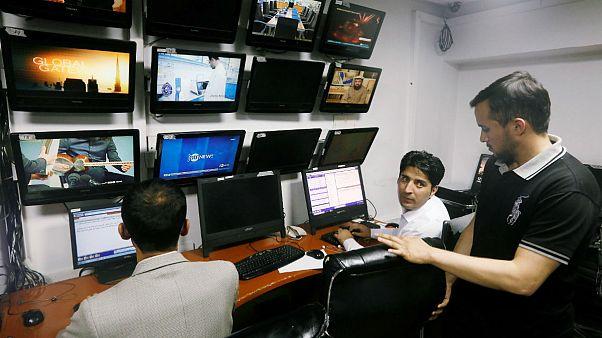 فشار مضاعف بر رسانههای افغانستان برای عدم پوشش حملات شبه نظامیان