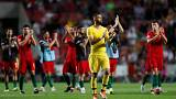 Seleção agradece ao público do estádio da Luz após vitória sobre a Itália