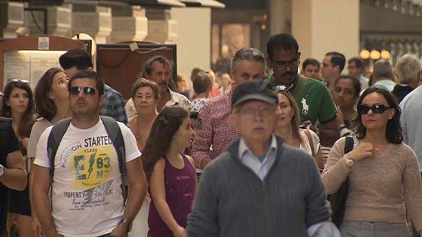 Vasárnapi boltzárat akar az olasz miniszterelnök-helyettes