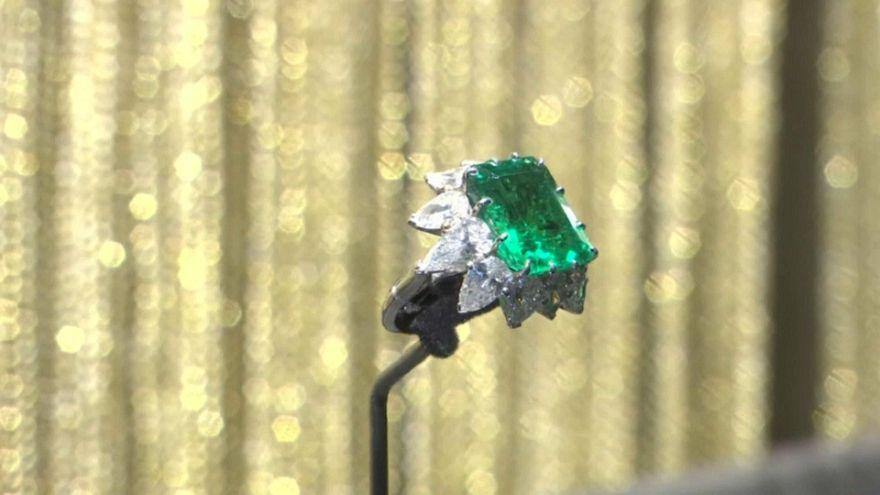 Les bijoux d'Elizabeth Taylor exposés au Kremlin