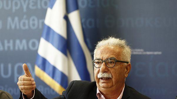 Γαβρόγλου: «Σύσταση επιτροπής για αλλαγή ώρας έναρξης μαθημάτων»