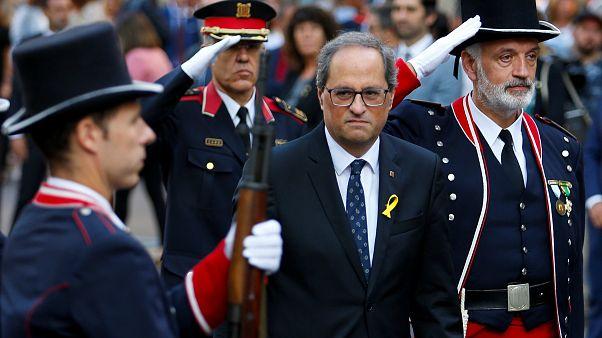 """شاهد احتفال الكتالونيين باليوم الوطني """"ديادا"""""""