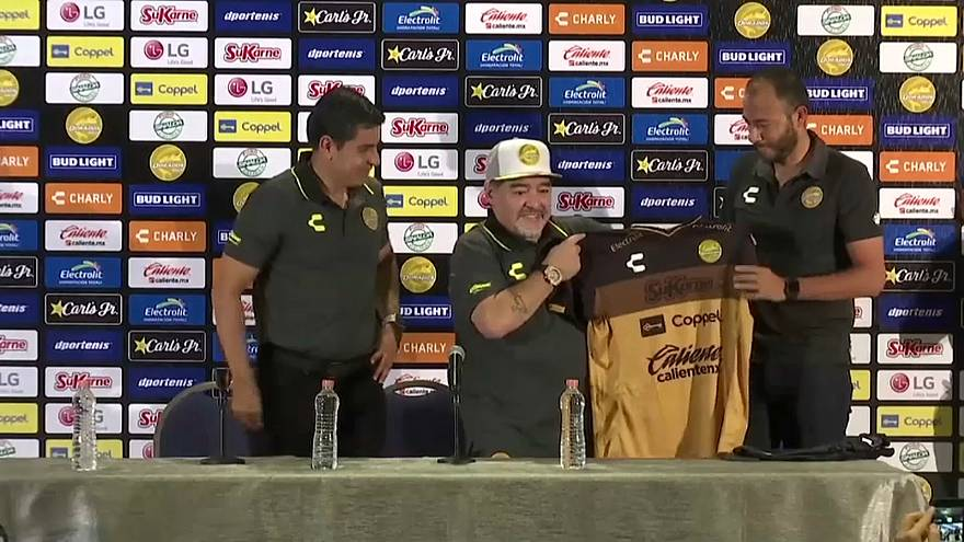 مارادونا يتحدّث عن كرة القدم ومعاناته مع المخدرات