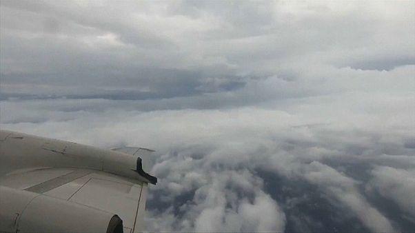 """شاهد : لقطات جوية للإعصار """" فلورنس"""" الذي يهدد الساحل الشرقي للولايات المتحدة"""