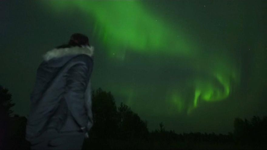 Northern Lights bring beauty to Arctic skies