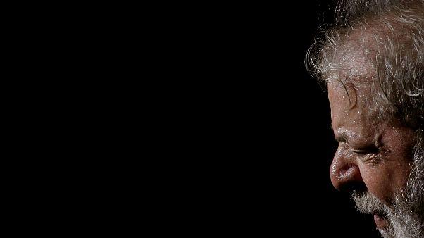 Lula desiste de la carrera presidencia en Brasil y designa a Haddad como sustituto