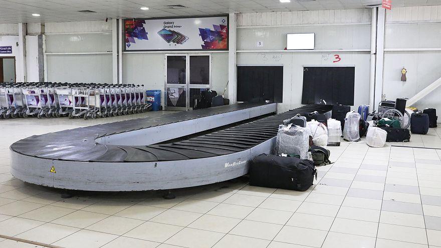 إطلاق صواريخ على مطار طرابلس وتحويل مسار رحلة قادمة من مصر إلى مصراتة