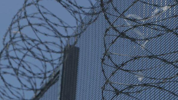Le gouvernement français s'attaque à la surpopulation carcérale