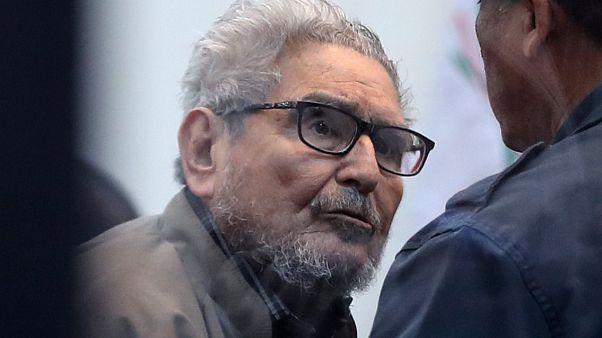 Perù: nuova condanna all'ergastolo per l'ex leader di Sendero Luminoso