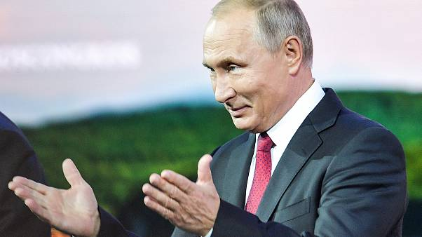 Putin propõe paz ao Japão e semeia discórdia no caso Skripal