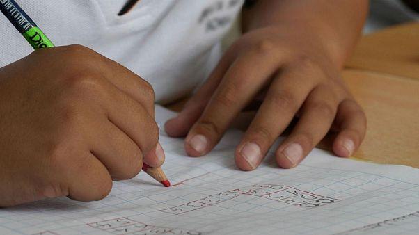 ABD'de kötü davranışlar sergileyen öğrenciye 'sopa' cezası