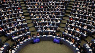 AP Türkiye'ye 70 milyon euroluk kesintiyi onayladı