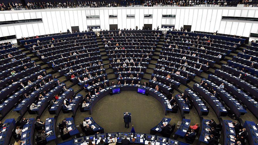 Avrupalı aşırı sağcı parti liderleri, AP seçimleri öncesi Prag'da toplanıyor
