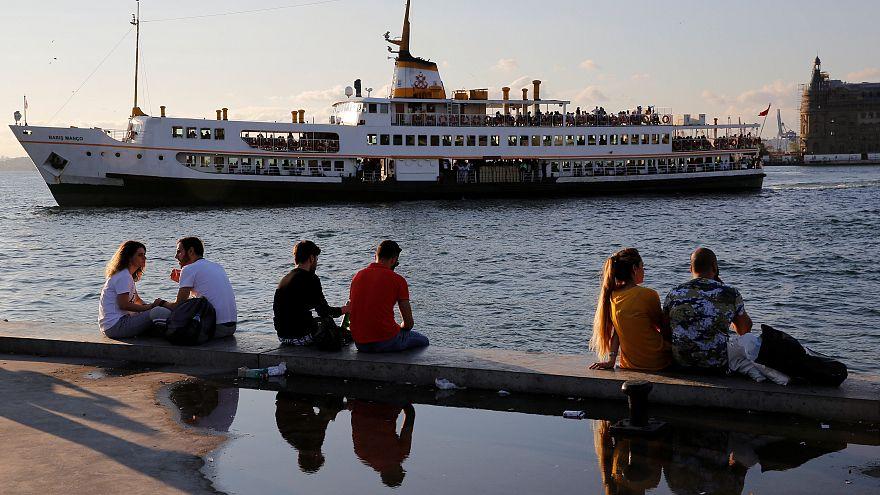 Türk insanı olumlu duygular endeksinde sondan dördüncü