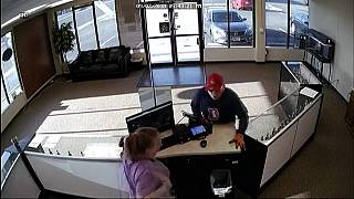 Watch: Colorado armed robbery goes wrong