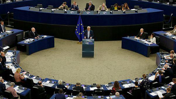 ضرب الاجل اتحادیه اروپا به فعالان اینترنتی برای حذف محتوای «تروریستی»