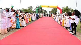 شاهد: إعادة فتح الحدود بين إثيوبيا وإريتريا وسط طقوس احتفالية
