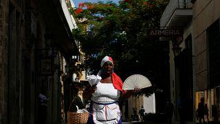Pregões ressurgem nas ruas de Cuba